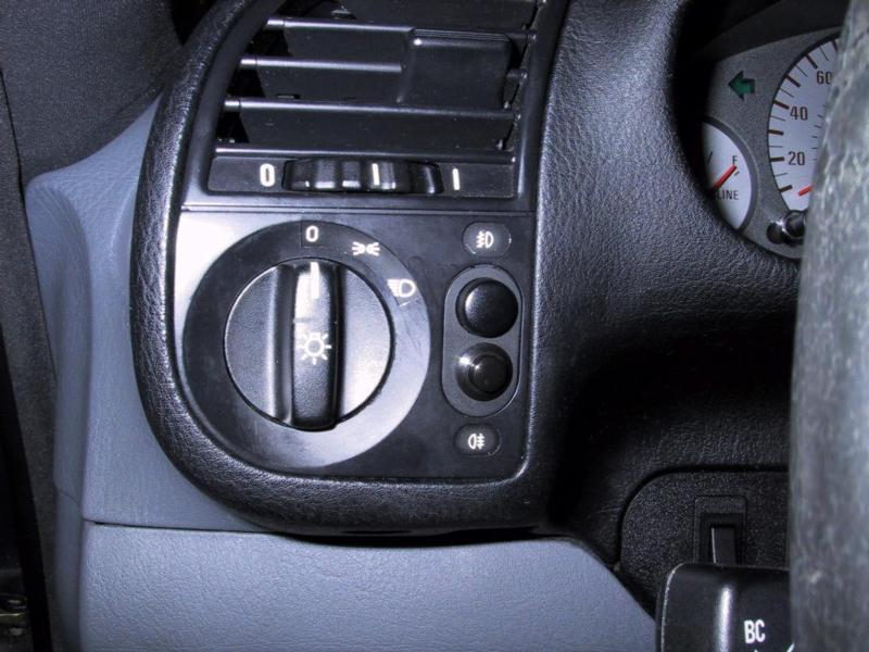 0652f65db3bd499fa43fa6a8bd016b9c  BMW Integrated Garage Door Opener