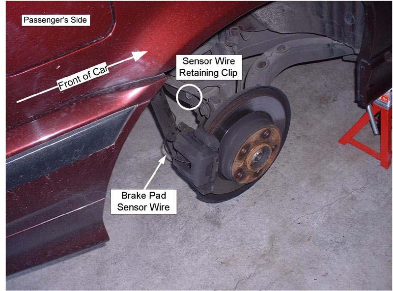 2ae55349cfb5b5585f34ea1abc46a4e0  BMW E36 Replacing Brake Pads And Rotors