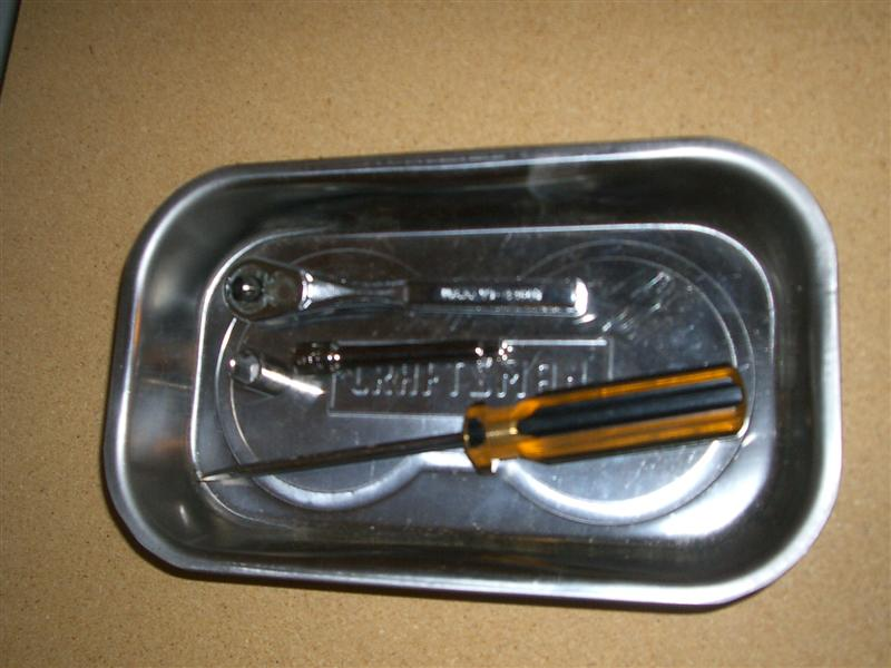 5193d77ae42b5752f8cf15b33447cca7  BMW E36 Mirror Removal