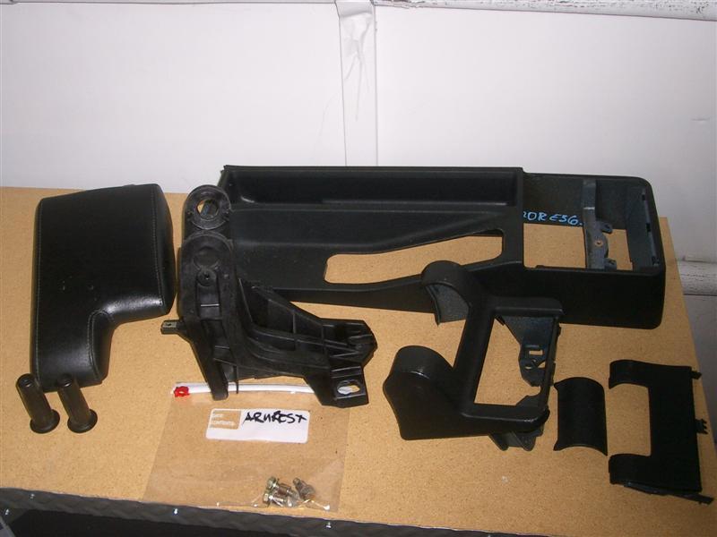 7d035265fdae193141d1bb7082163580  BMW E36 Arm Rest Removal