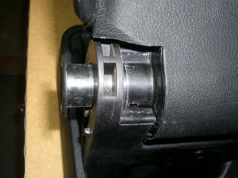 a36be407efd1e6c0f4aa8f8662a3fcfd  BMW E36 Arm Rest Removal