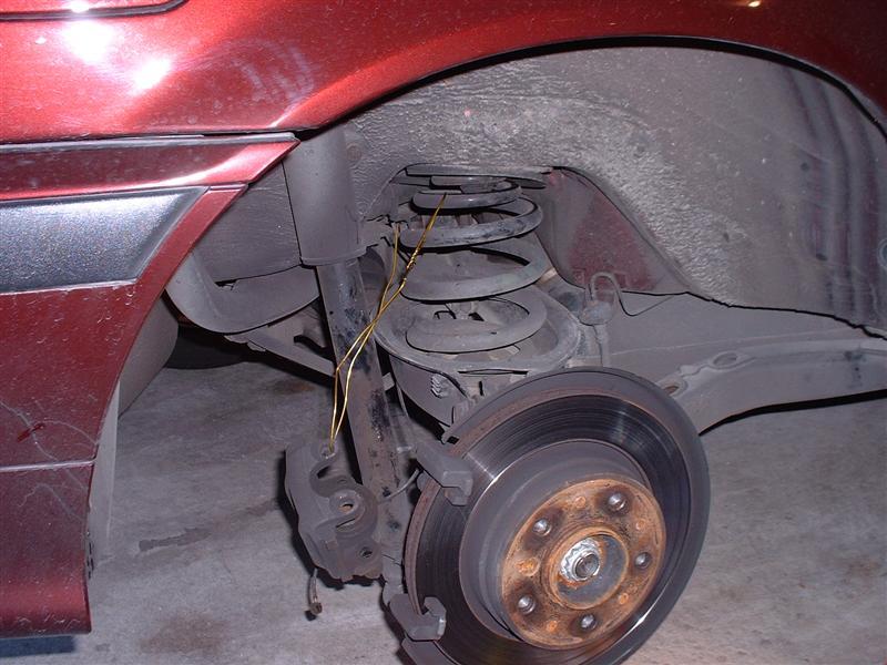 a44f316a7a79b1cddea2d0bac2a93909  BMW E36 Replacing Brake Pads And Rotors