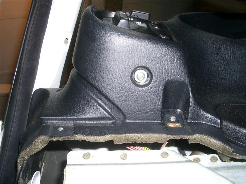 a4fdea7aa61530a66360c13d95df60e8  BMW E36 Light Switch Removal