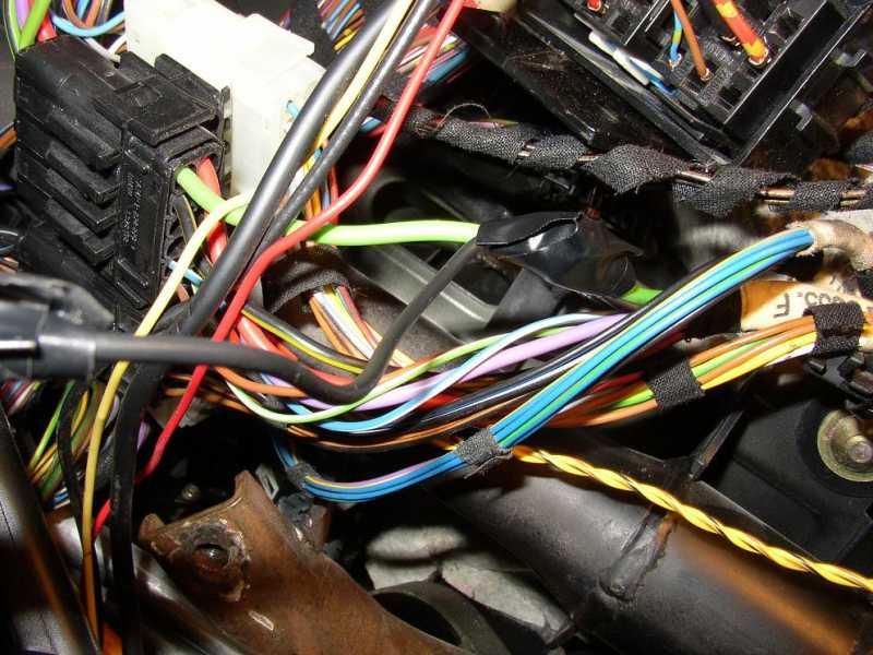 af6884a6bcd6f57e96179349d050fba7  BMW E36 Start Button