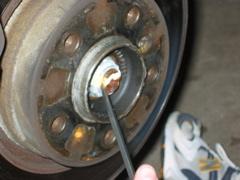 E46 rear bearing replacement | BMW E46 3 Series DIY