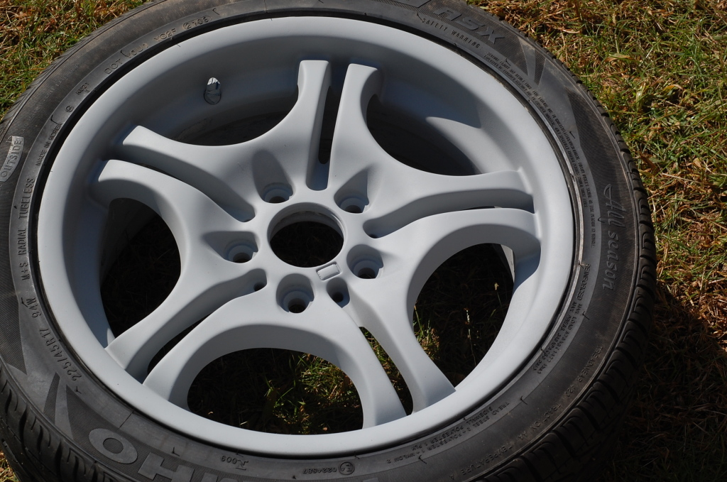 27ba7b0a05454b8bc52a2544039bab45  Refinish/Restore Curb Rashed wheels