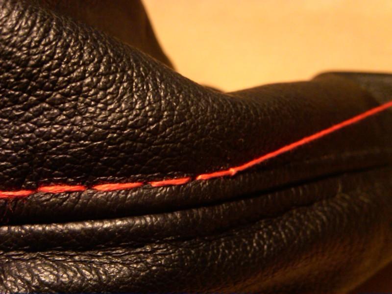 4679905559e118c4796413469c992b8a  Tri-Stitch M3 Style E-brake Boot