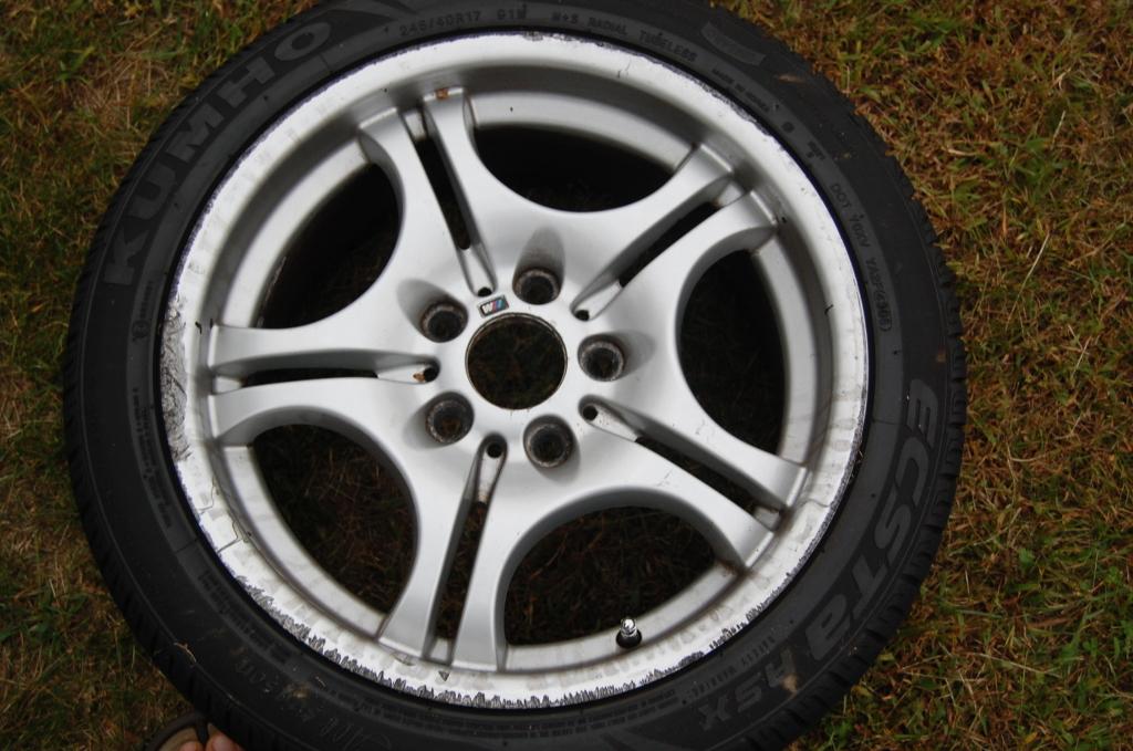 7864385d3d6ca0b6c46a0a44b4fffeb1  Refinish/Restore Curb Rashed wheels