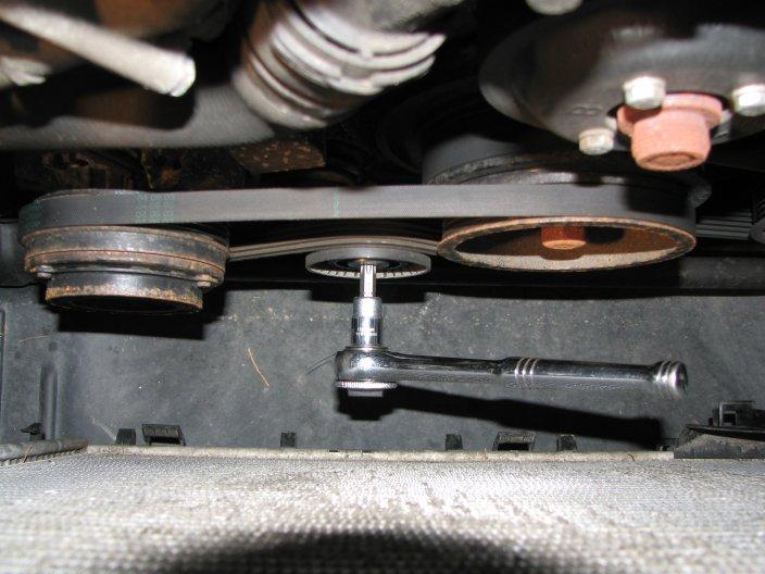 a1ba0ec339894be38633b820096f1007  Belt Replacement 2003 330xi