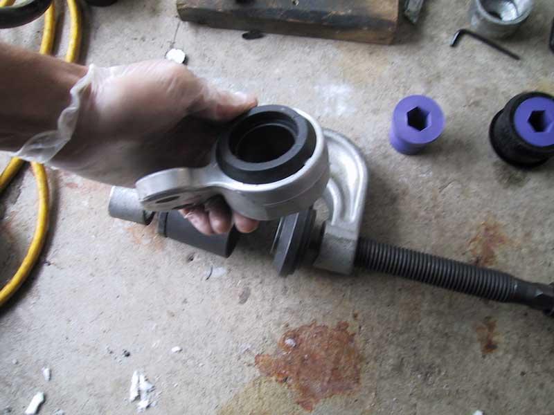 a259e3a04fab66ba4180d7daef0f8531  Front Control arm bushings install