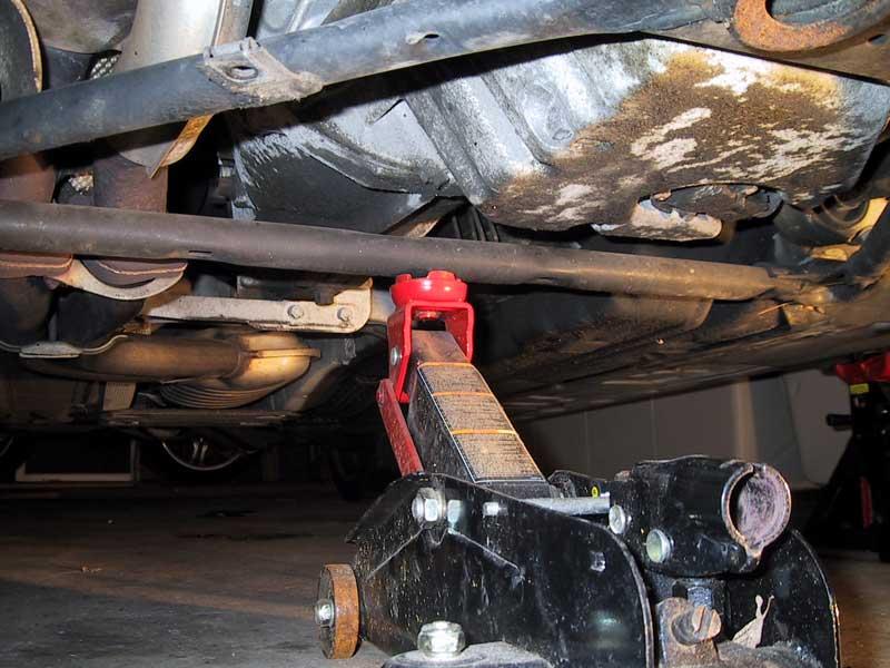 bca2696856500ef8ac5f2f98abbf01b8  Front Control arm bushings install