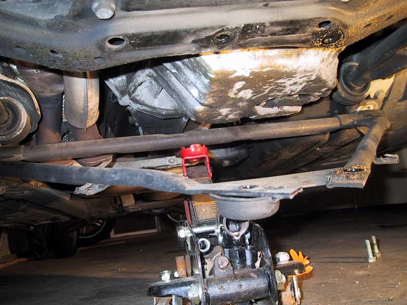 c1de0478b3739b3e02042f02f97b167a  Front Control arm bushings install