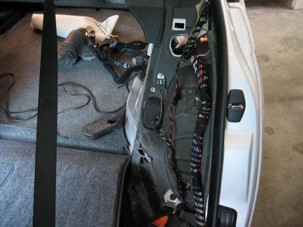 de254a138c7c4b712e9406725e23432a bmw 16 9 widescreen nav retrofit bmw e46 3 series diy e46 trunk wiring harness at virtualis.co