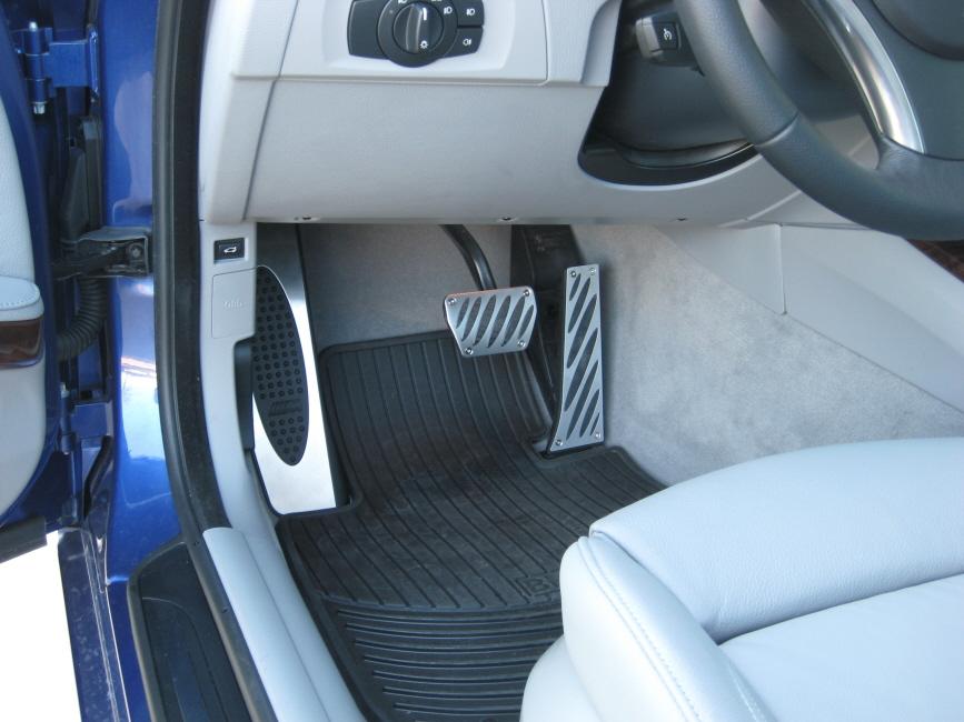 923341c962f28fd001faaf17e611e337  Aluminum Pedal Install (Official)